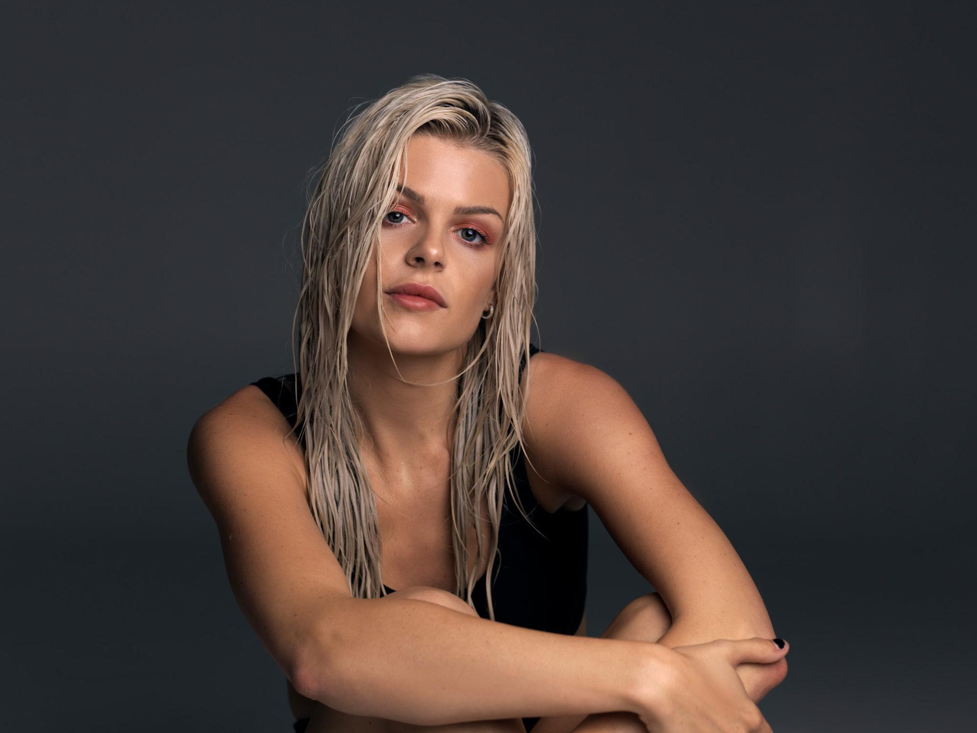 Davina Michelle persfoto's 2019